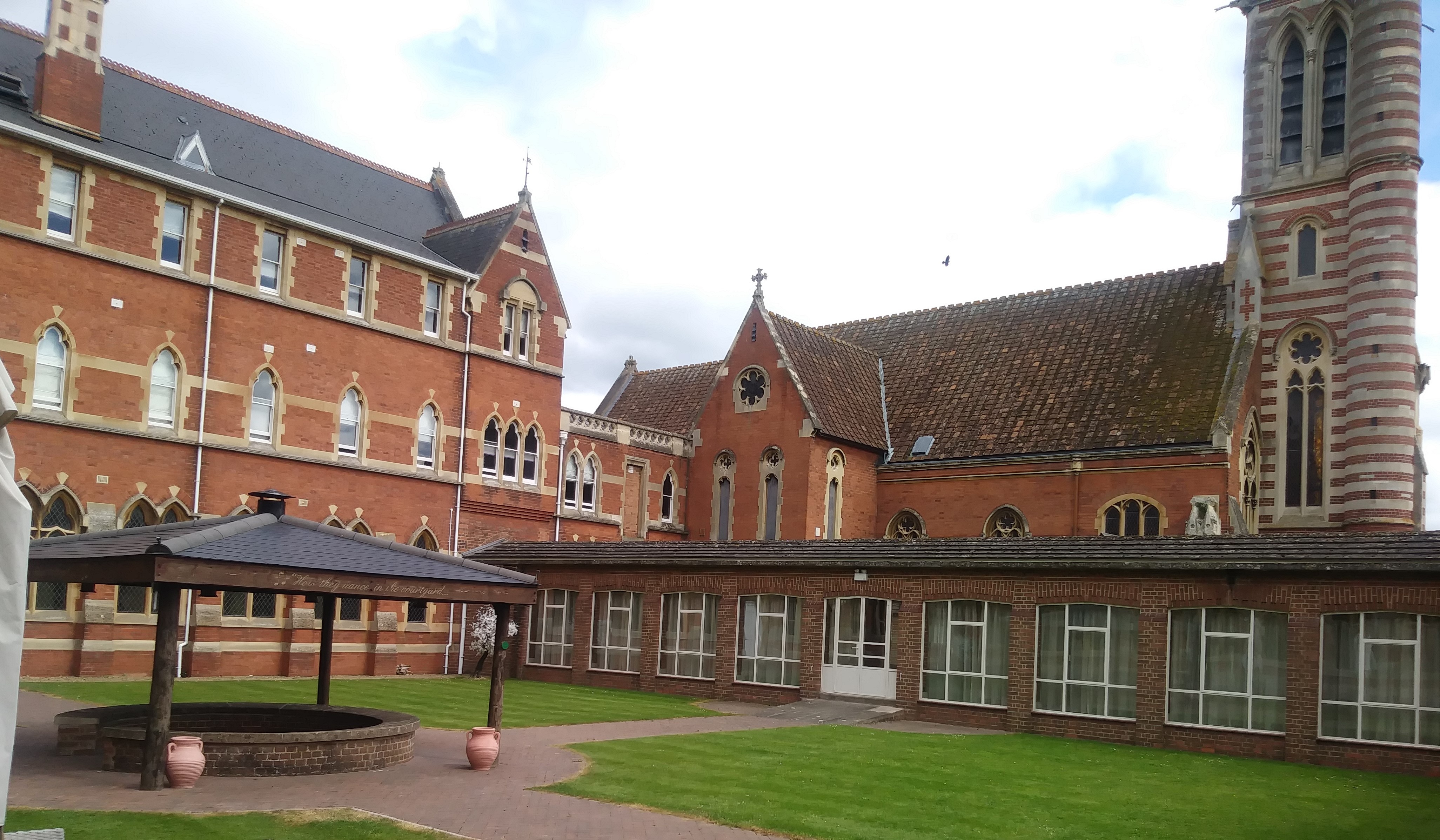 Stanbrook Abbey - image of the Abbey